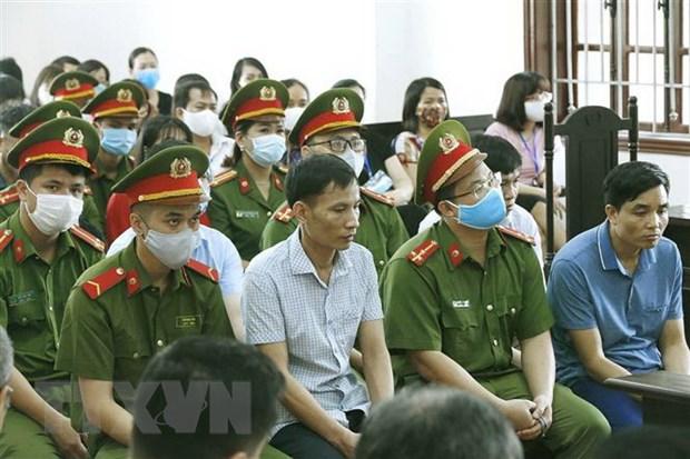 Vu gian lan diem thi tai Hoa Binh: Phien toa tiep tuc phan tranh tung hinh anh 1