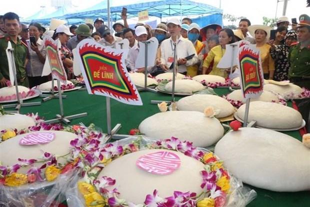Soi noi Le hoi Banh chung-Banh giay o vung bien Sam Son hinh anh 2