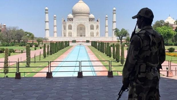 An Do mo lai den Taj Mahal du dich COVID-19 van dien bien phuc tap hinh anh 1