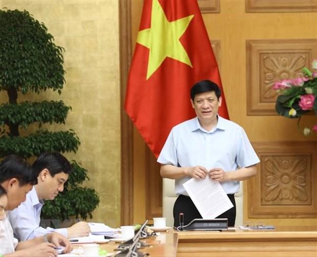 Quyền Bộ trưởng Bộ Y tế Nguyễn Thanh Long phát biểu tại cuộc họp. (Ảnh: Văn Điệp/TTXVN)