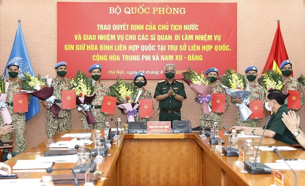 Them 10 sy quan Viet Nam tham gia gin giu hoa binh Lien hop quoc hinh anh 1