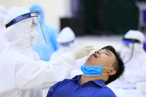 Ha Noi: Mo rong xet nghiem PCR cho nhung truong hop ho, sot, kho tho hinh anh 1