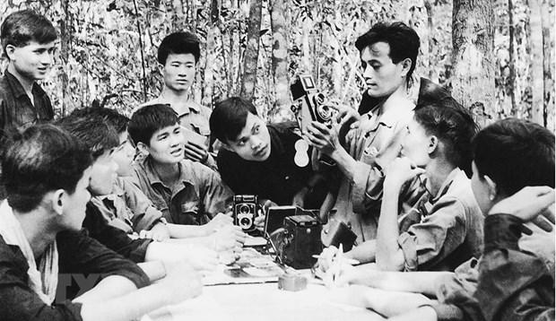 Nguyen TGD TTXVN Tran Mai Huong: 'Chung toi la phong vien TTXGP' hinh anh 1
