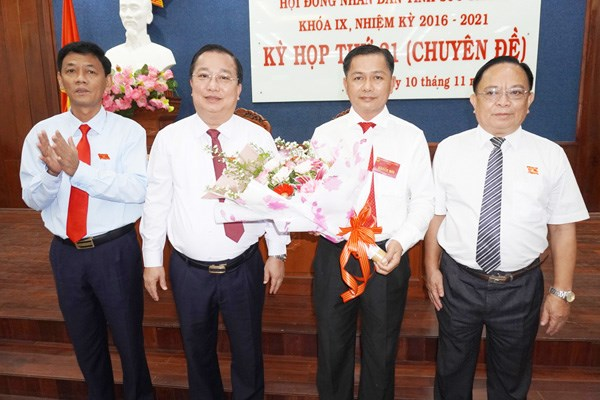Ong Tran Van Lau duoc bau giu chuc Chu tich UBND tinh Soc Trang hinh anh 1