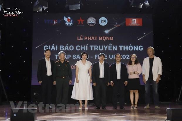 Chinh thuc phat dong Giai bao chi-truyen thong Thap sang 2020 hinh anh 1
