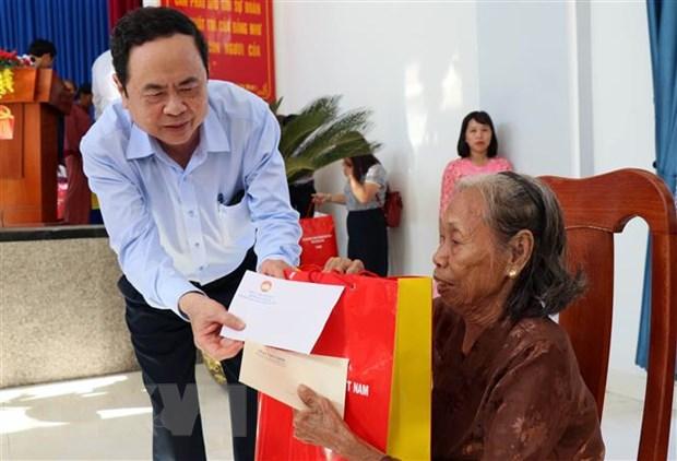 Ho tro 12 ty dong cho Quang Nam khac phuc hau qua mua lu hinh anh 1