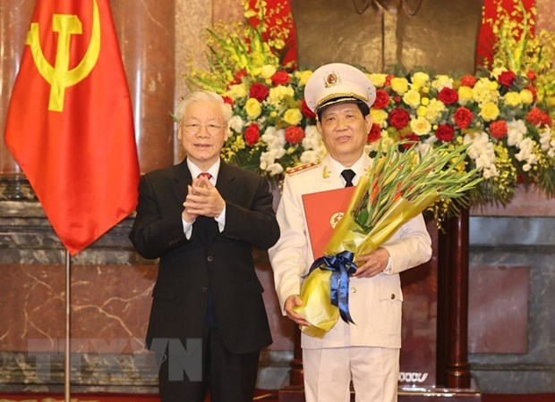 Thang cap bac ham Thuong tuong cho Thu truong Cong an Nguyen Van Son hinh anh 1