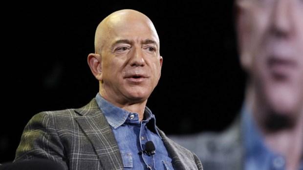 Ty phu Jeff Bezos tuyen bo se tu chuc giam doc dieu hanh Amazon hinh anh 1