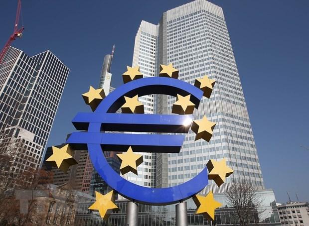 ECB canh bao bat on kinh te toan cau do COVID-19 van o muc cao hinh anh 1