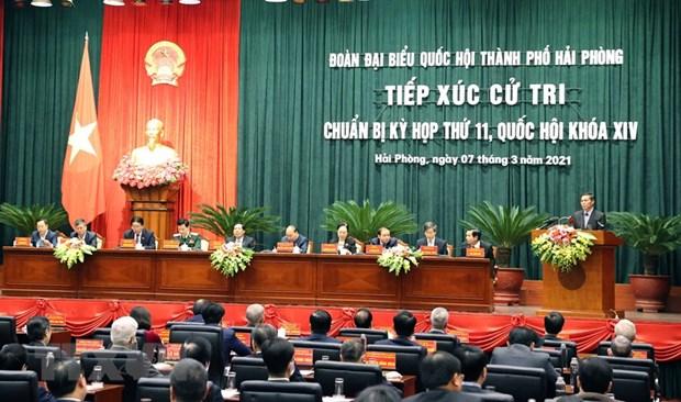 Thu tuong Chinh phu Nguyen Xuan Phuc tiep xuc cu tri Hai Phong hinh anh 2