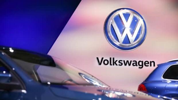 Volkswagen xin loi vi tro dua 'doi ten thuong hieu' ngay Ca thang Tu hinh anh 1