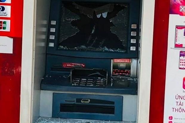 Tam giu nghi pham dap vo nhieu tru ATM tai tinh Binh Duong hinh anh 1