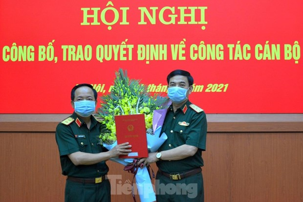 Trao quyet dinh bo nhiem Pho Chu nhiem Tong cuc Chinh tri hinh anh 1