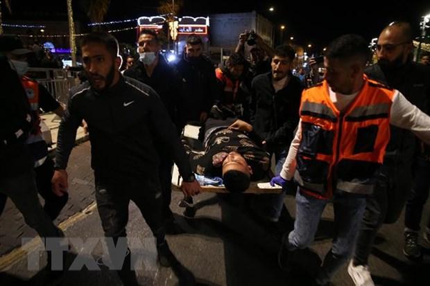 Dung do tai den tho Al-Aqsa o Jerusalem, 169 nguoi bi thuong hinh anh 1