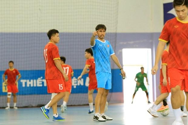 Chot danh sach 17 cau thu tuyen Futsal sang UAE tranh ve du World Cup hinh anh 1