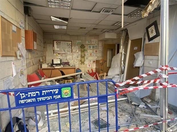 Nhanh quan su cua Hamas ban rocket vao 2 can cu khong quan Israel hinh anh 1