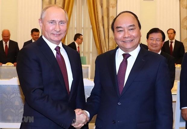 Chu tich nuoc Nguyen Xuan Phuc gui thu toi Tong thong Nga Putin hinh anh 1