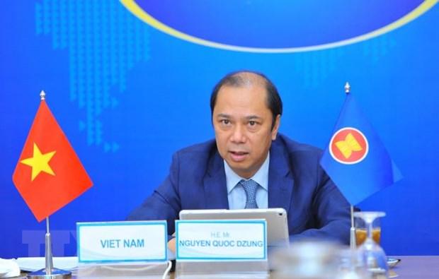 Thu truong Nguyen Quoc Dung: Som hoan tat Khung hanh lang di lai ASEAN hinh anh 1