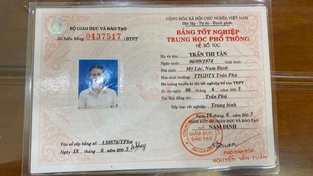 Nam Dinh: Pho Bi thu Dang uy xa khong hoc van co bang tot nghiep hinh anh 1