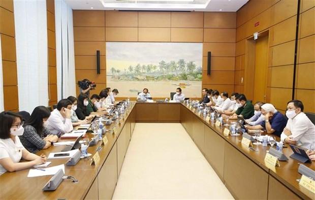 Quoc hoi cho y kien ve Ke hoach tai chinh quoc gia giai doan 2021-2025 hinh anh 2