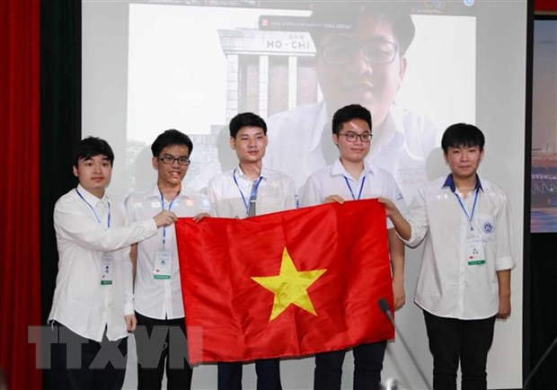 Hoc sinh Viet Nam gianh huy chuong Vang Olympic Toan hoc quoc te 2021 hinh anh 1