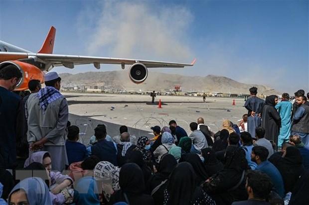 600 nhan vien Afghanistan ho tro dam bao an ninh o san bay Kabul hinh anh 1