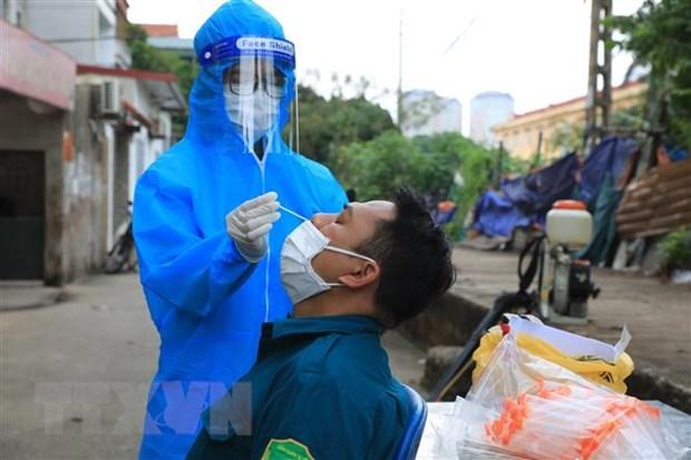 Giam doc Benh vien Phoi Trung uong: Da den luc khong de chay theo dich hinh anh 1