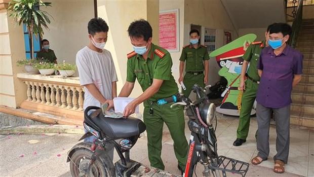 Bat giu doi tuong thuc hien gan chuc vu trom cap tai Vinh Phuc hinh anh 1