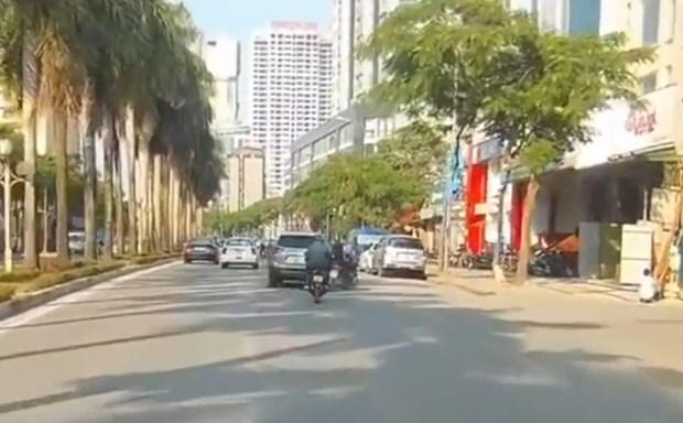 Ha Noi: Lam ro danh tinh tai xe Mazda CX5 dam nguoi roi bo chay hinh anh 1