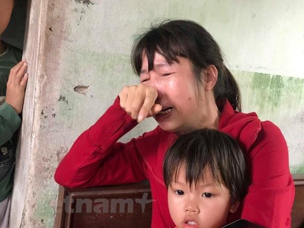 Nhom nu sinh hanh hung ban co the phai chiu trach nhiem hinh su hinh anh 3