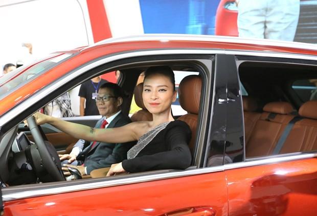 Ngo Thanh Van: Toi va VinFast chia se chung mot niem dam me hinh anh 5