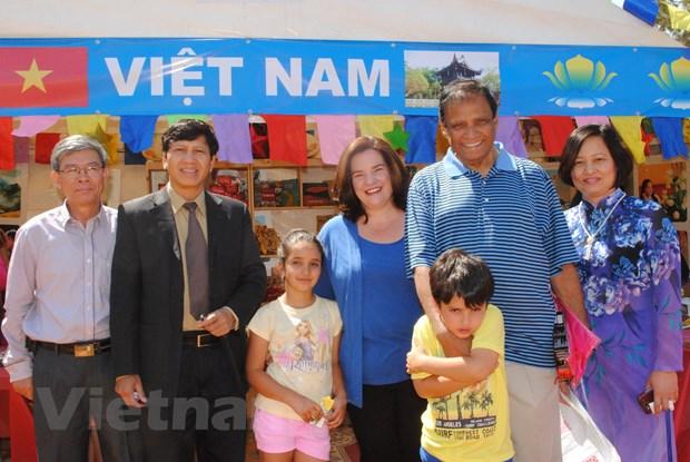 Viet Nam tang cuong quang ba tiem nang hop tac tai Nam Phi hinh anh 1