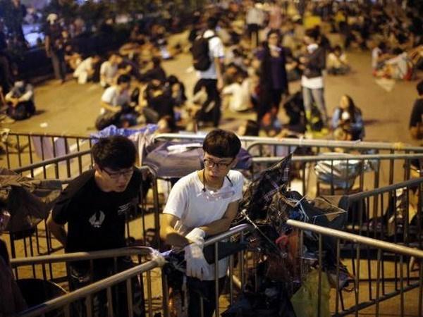 Chinh quyen Hong Kong bat dau giai toa cac khu vuc bieu tinh hinh anh 1
