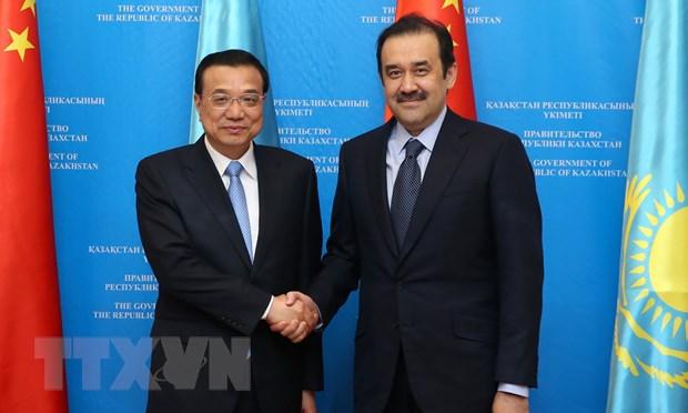 Thu tuong Trung Quoc tham Kazakhstan, du hoi nghi SCO hinh anh 1