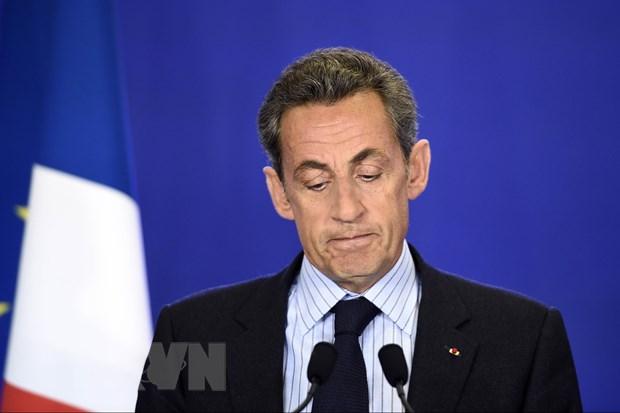 Dang cua cuu Tong thong Phap Sarkozy doi ten gay tranh cai hinh anh 1