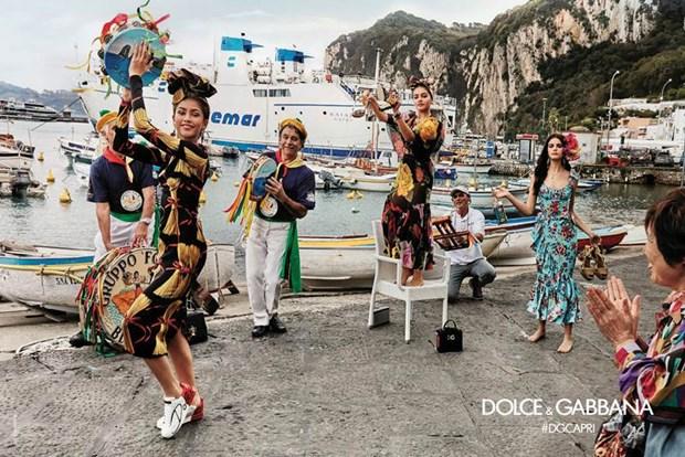 "Dolce & Gabbana: ""Chung toi giong nhu hai mat cua mot dong xu"" hinh anh 2"