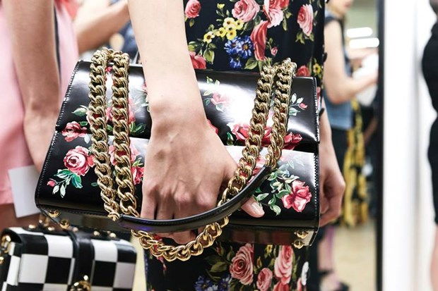 "Dolce & Gabbana: ""Chung toi giong nhu hai mat cua mot dong xu"" hinh anh 8"