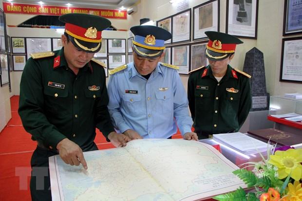 Trien lam ban do va tu lieu ve Hoang Sa, Truong Sa tai Hai Duong hinh anh 1