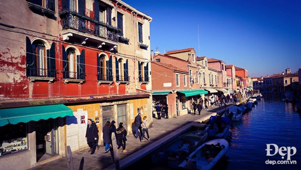 Burano - Hon dao bay sac cau vong ruc ro tren dat nuoc Italy hinh anh 4