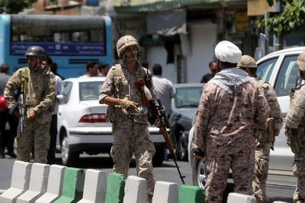 Iran triet pha mot nhom khung bo sau vu tan cong kep tai Tehran hinh anh 1