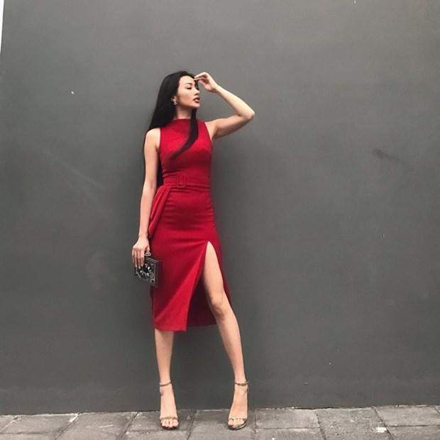 Hoang Thuy Linh, Minh Hang
