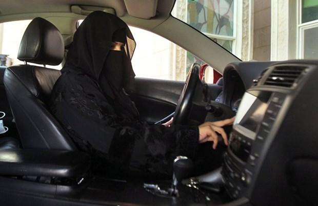 Saudi Arabia la nuoc cuoi cung tren the gioi cho phep phu nu lai xe hinh anh 1