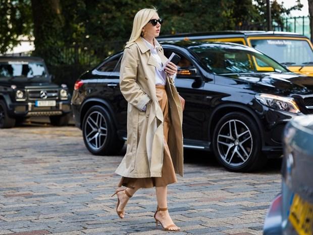Nam diem sang street style tai tuan le thoi trang London Xuan He 2018 hinh anh 17