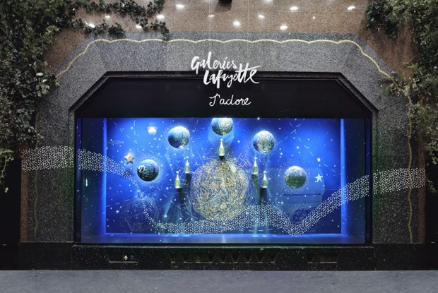 Cac thiet ke chiem tinh cua Dior me hoac tin do shopping tai Paris hinh anh 2