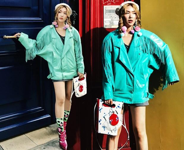 Fashionista Viet mix do ''chat lu'' du tuan le thoi trang Paris hinh anh 5