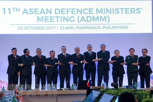 Bo truong Quoc phong ASEAN keu goi Trieu Tien noi lai doi thoai hinh anh 1