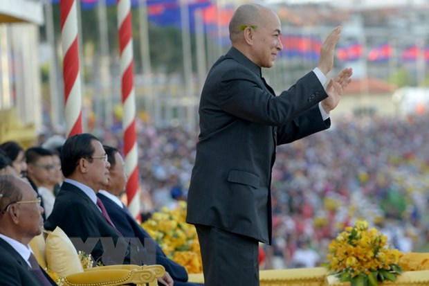 Campuchia tung bung to chuc le hoi dua thuyen lon nhat trong nam hinh anh 1