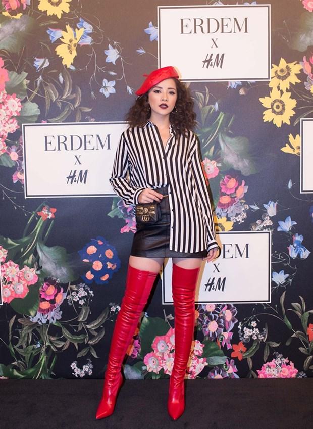 Boots cao qua goi - ''bao boi'' phai co cua fashionista mua Thu Dong hinh anh 6
