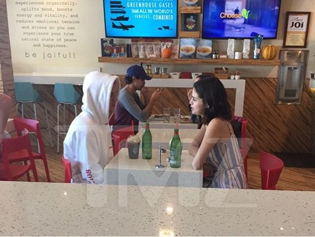 Selena Gomez va Justin Bieber hen ho o dau sau ngay tai hop? hinh anh 2