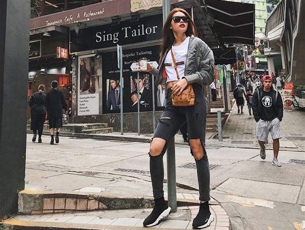 Street style 'gay thuong nho' cua my nhan Viet nhung ngay dau Dong hinh anh 12